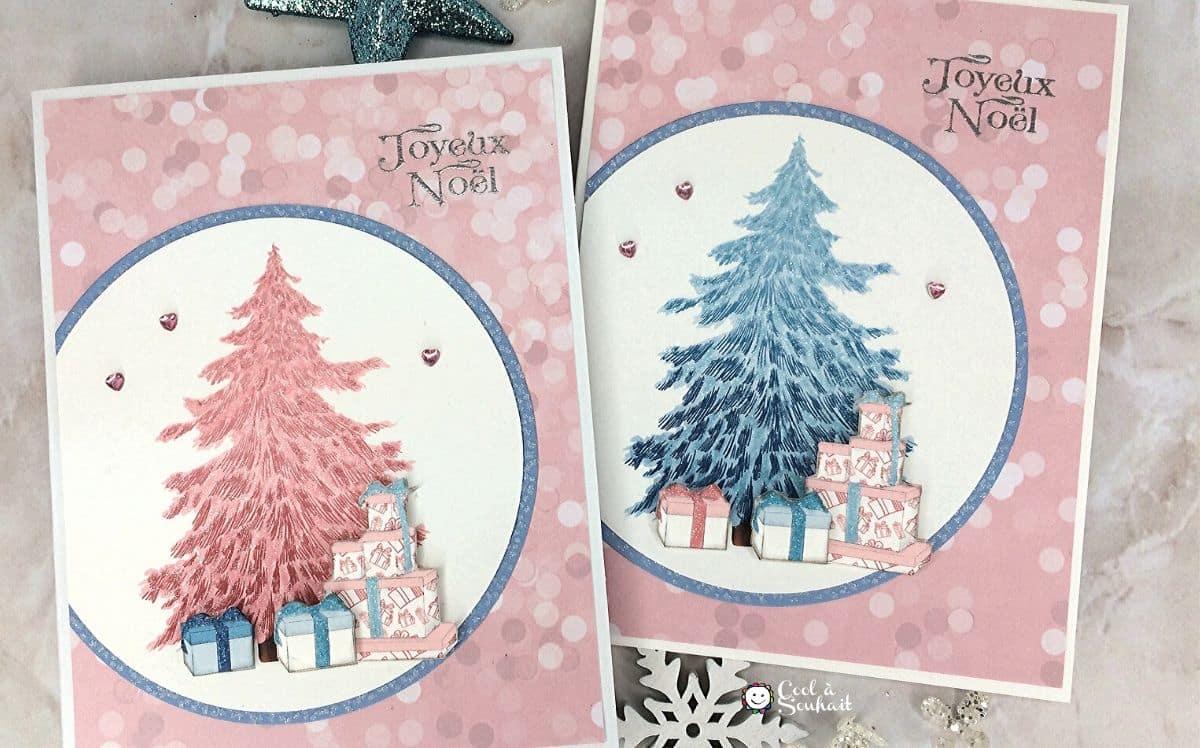 Carte de Noël rose avec sapin bleu et cadeaux.